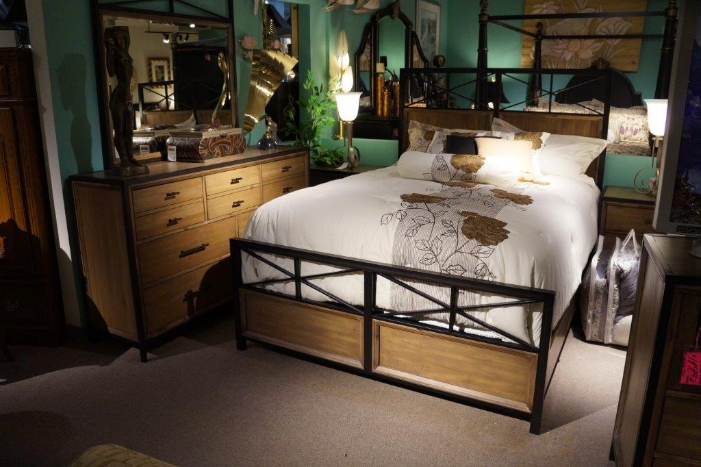 Home Happenings:Create a Timeless Look with the Right Bedroom ...